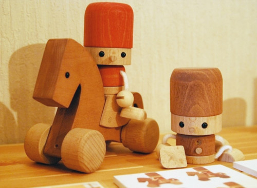 toys handcrafted by Comaam in Kawaguchi, Japan