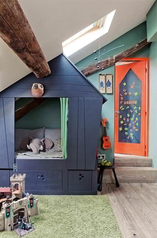 Kids room in Paris