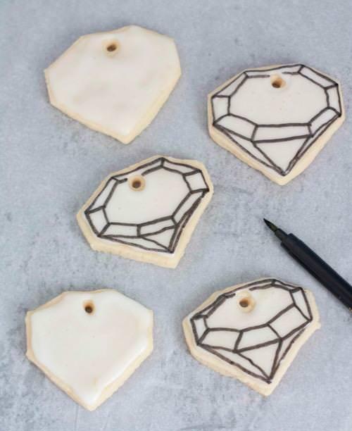 DIY Edible Gem Cookie Necklace