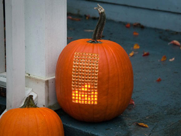 A Tetris Playing Pumpkin (the stem is the controller) - crazy!