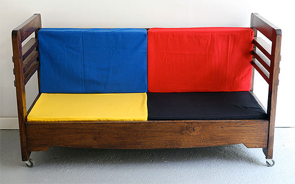 French Vintage for Kids' Rooms: Art Deco Transformable Crib / Sofa