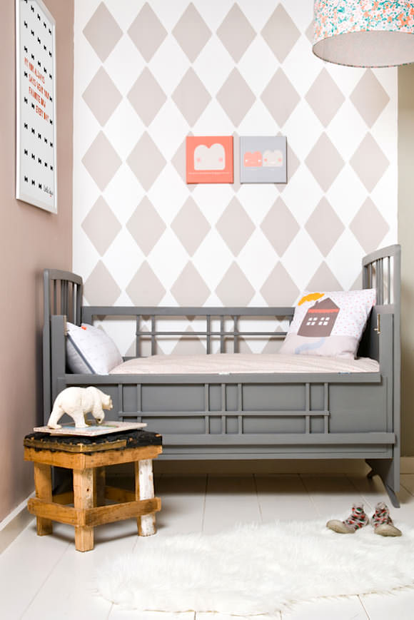 Wallpaper for Kids' Rooms