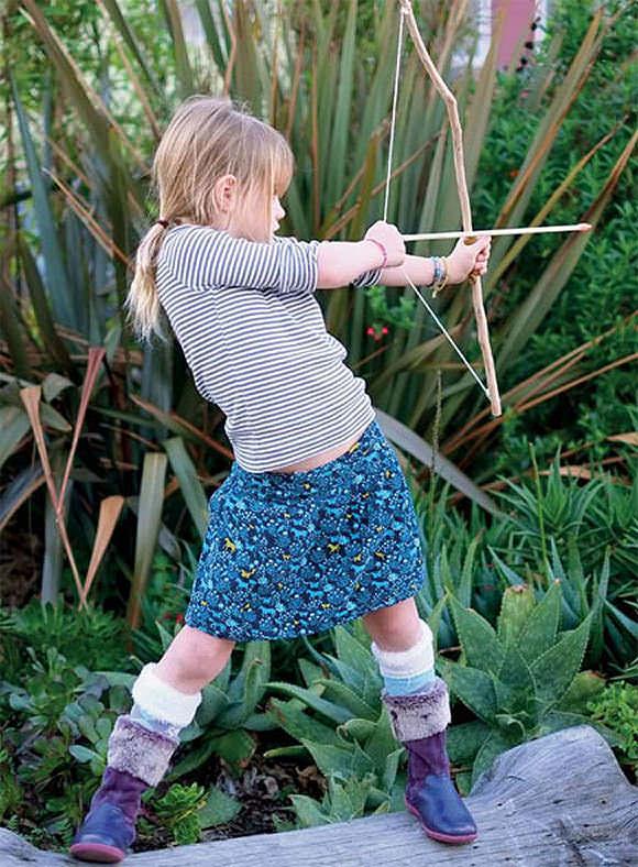 Dad Crafts - DIY Archery Bow and Arrows