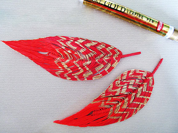 DIY String Feathers