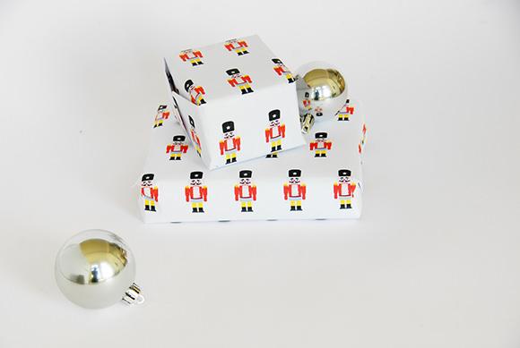 DIY Nutcracker Gift Wrap