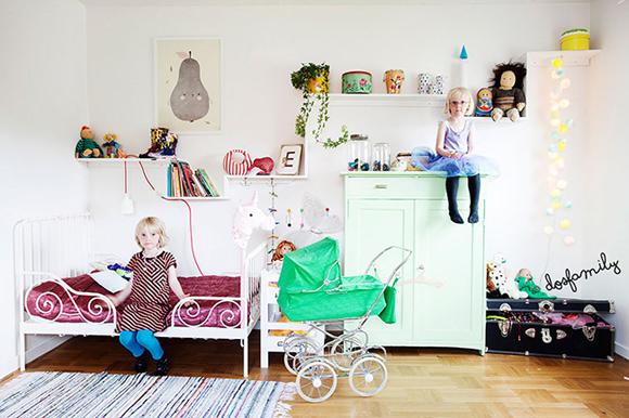 lovely kid's room via dos family