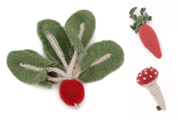 Knitted Veggie Brooches