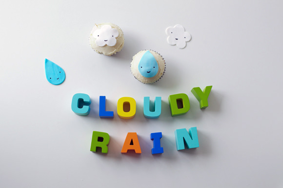 DIY Raindrop and Cloud Cupcake Toppers