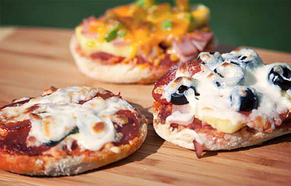Campfire Recipes: Great Grilled Pizza