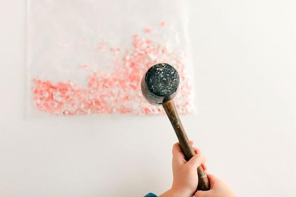 Recipe: Candy Cane Cupcakes