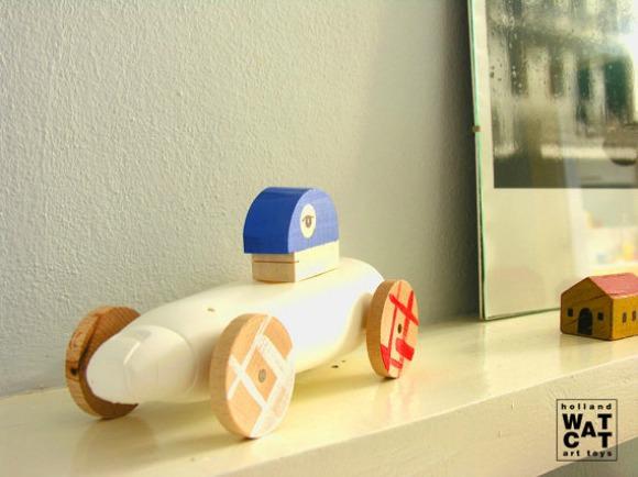 Mobile Lole Wooden Car