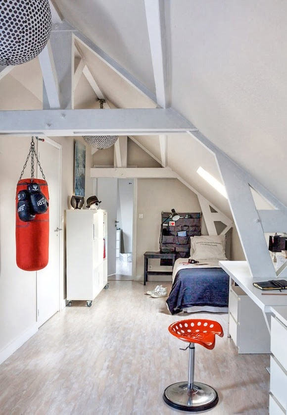 cool teen attic room