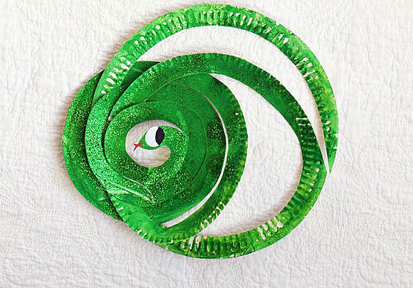 DIY Snake Paper Plates