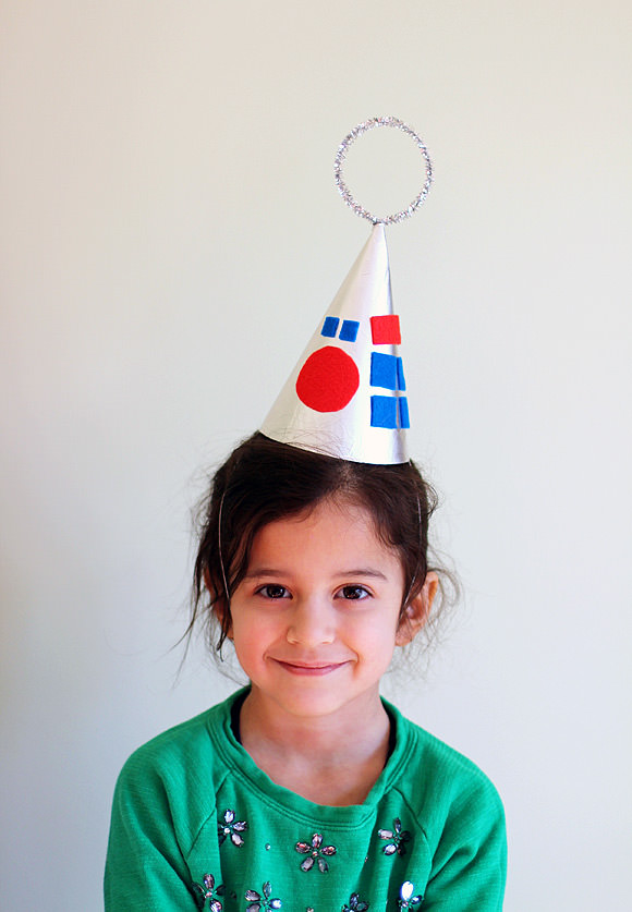 DIY Robot Party Hats