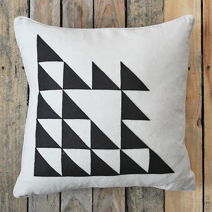 DIY Pillow via Creature Comforts