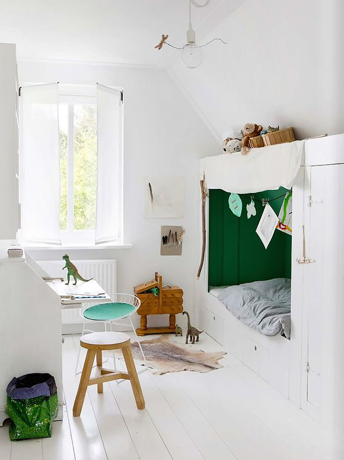 A lovely built-in cupboard bed in a kid's room (image via Dana Van Leeuwen for Est Magazine)