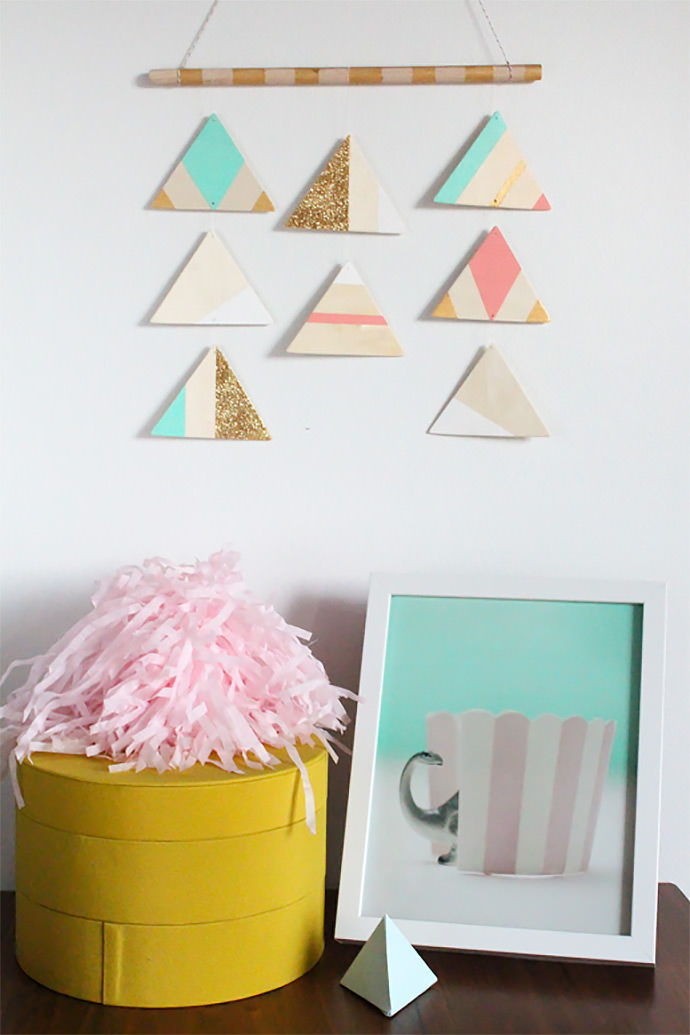 DIY Hanging Triangle Mobile via Sugar and Cloth