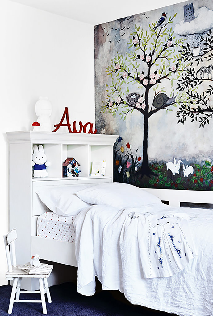 Striking wall mural in a kid's room in a Melbourne home (via the style files)