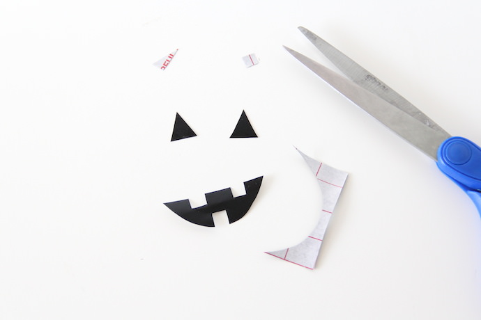 DIY Halloween Jack-o-Lantern Treat Boxes