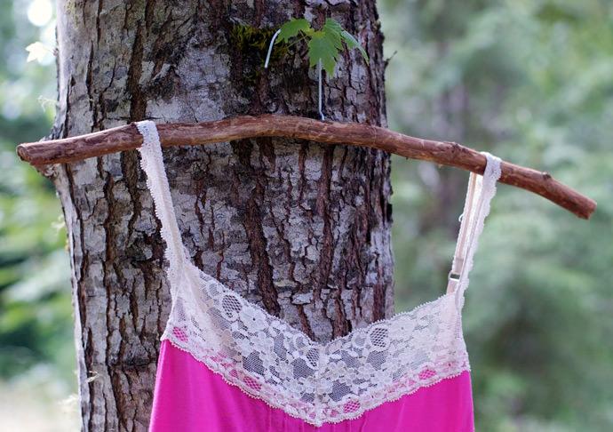 DIY Woodsy Hanger via Maize Hutton