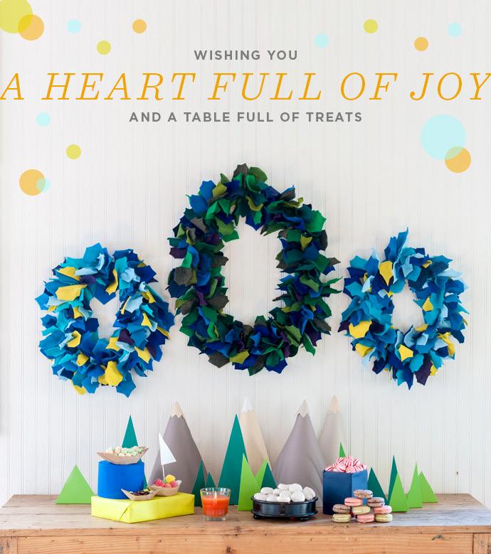 Glade Holiday Felt Wreath