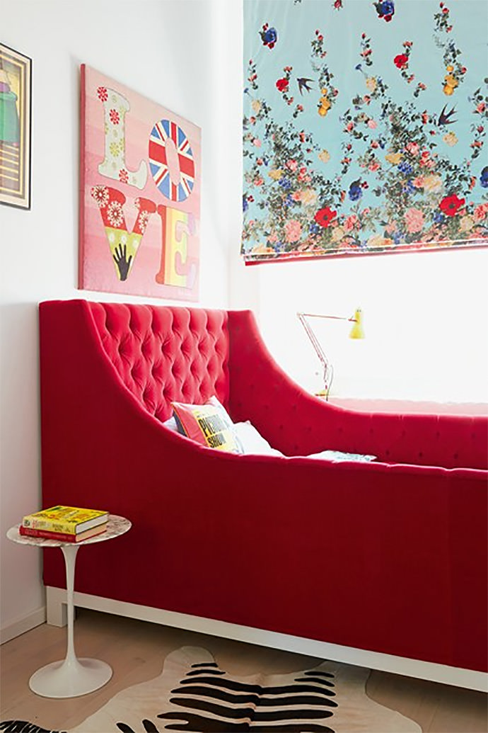 Pincushion Sofa Bed