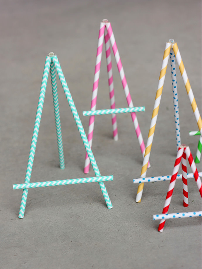 Easy DIY Paper Straw Easel Craft