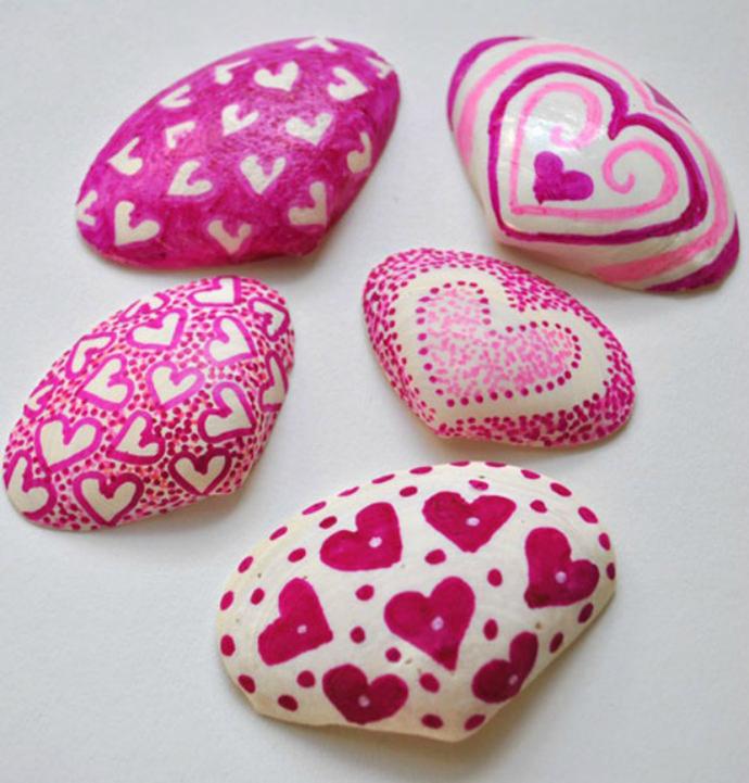 Easy Valentine's Day Seashell Craft
