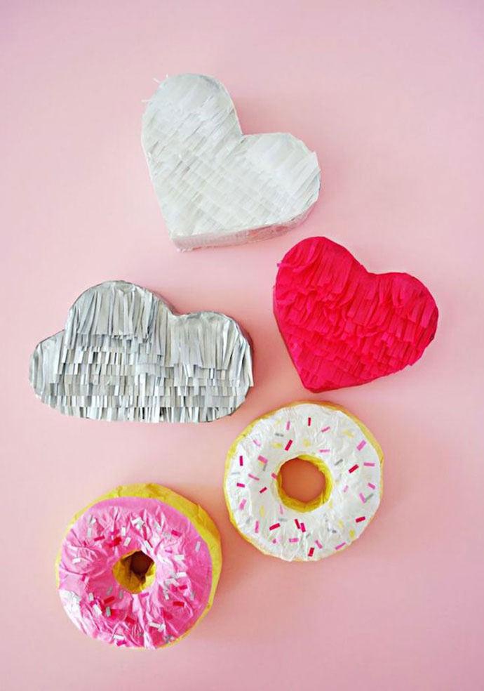 DIY Mini Donut Pinatas