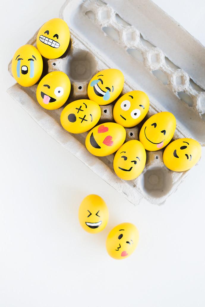 DIY Emoji Easter Eggs via Studio DIY