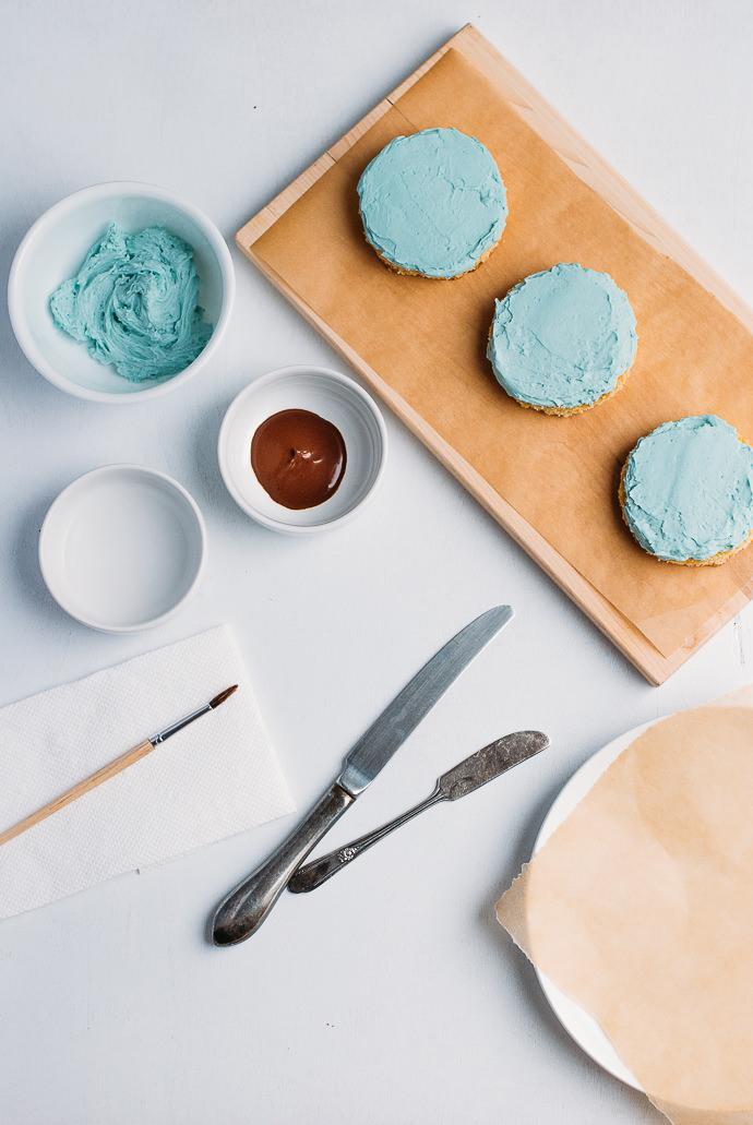 Robin's Egg Blue Mini Cakes Recipe