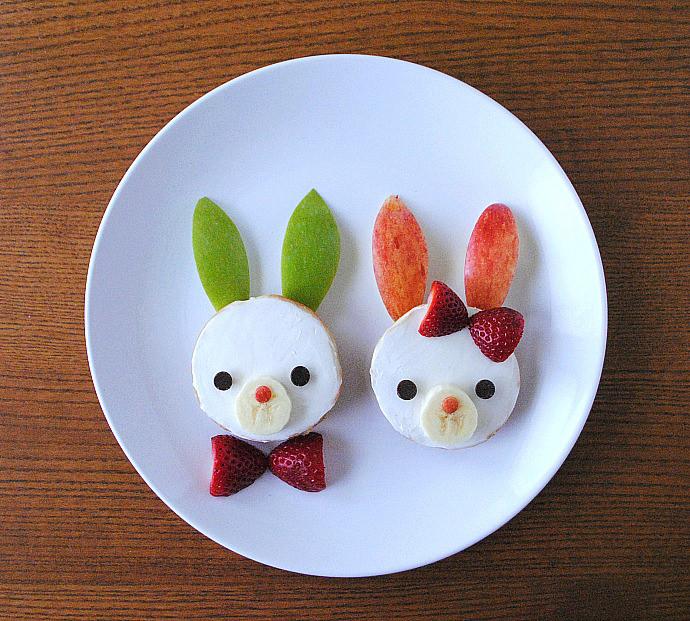 Easy Breakfast Bunny Bagels
