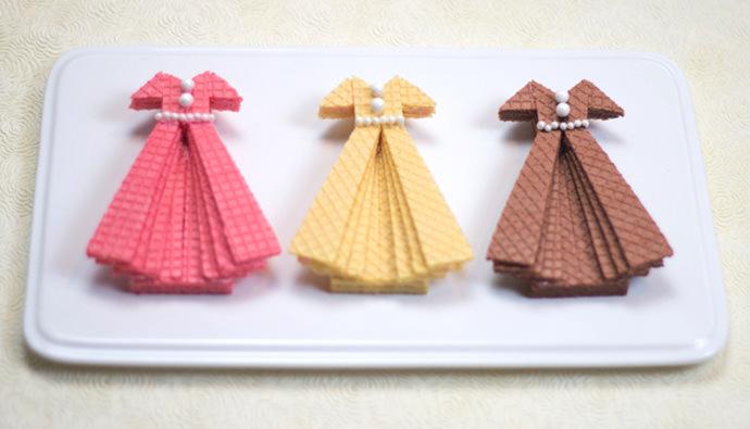 Sugar Wafer Dress Cookies