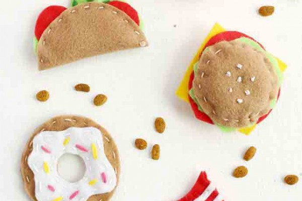 DIY Junk Food Cat Toys