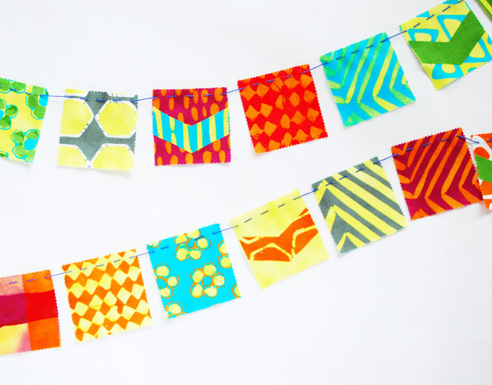 Simple-Stitch Mini Flag Banners