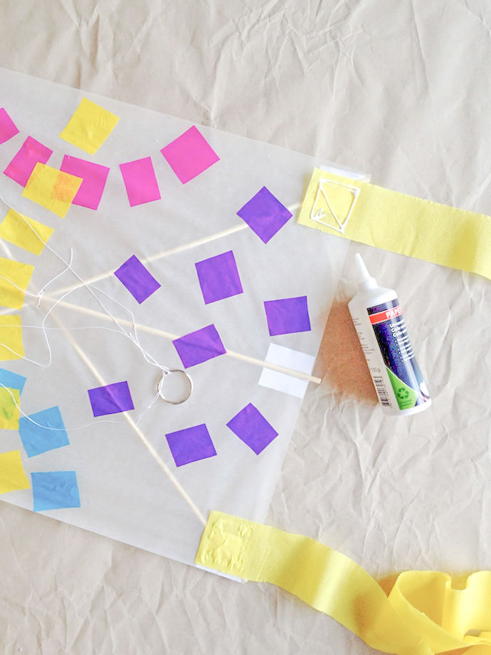 How to make a Japanese Kite: Step 9