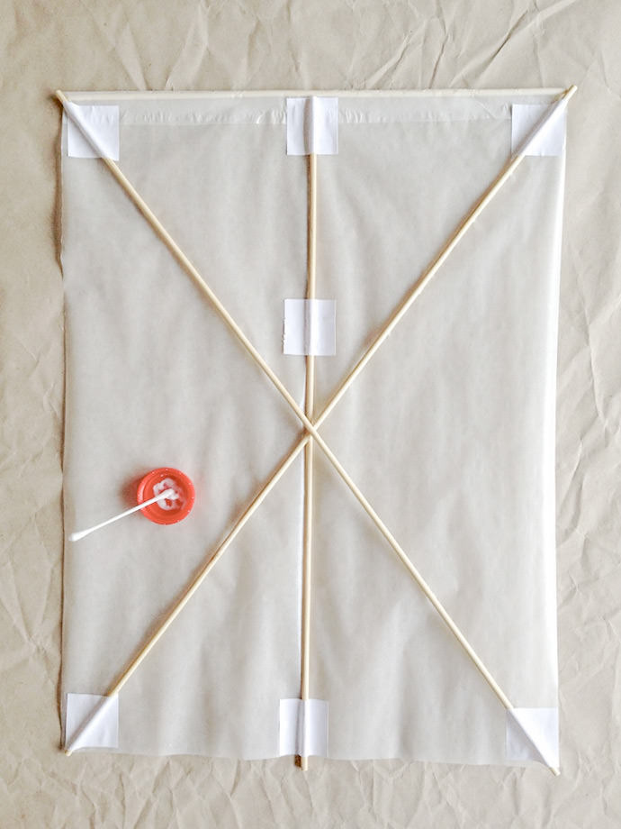 How to make a Japanese Kite: Step 3
