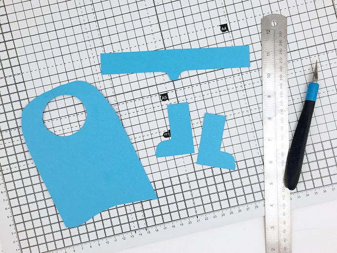 DIY  Superhero Pom Pom and Paper Craft
