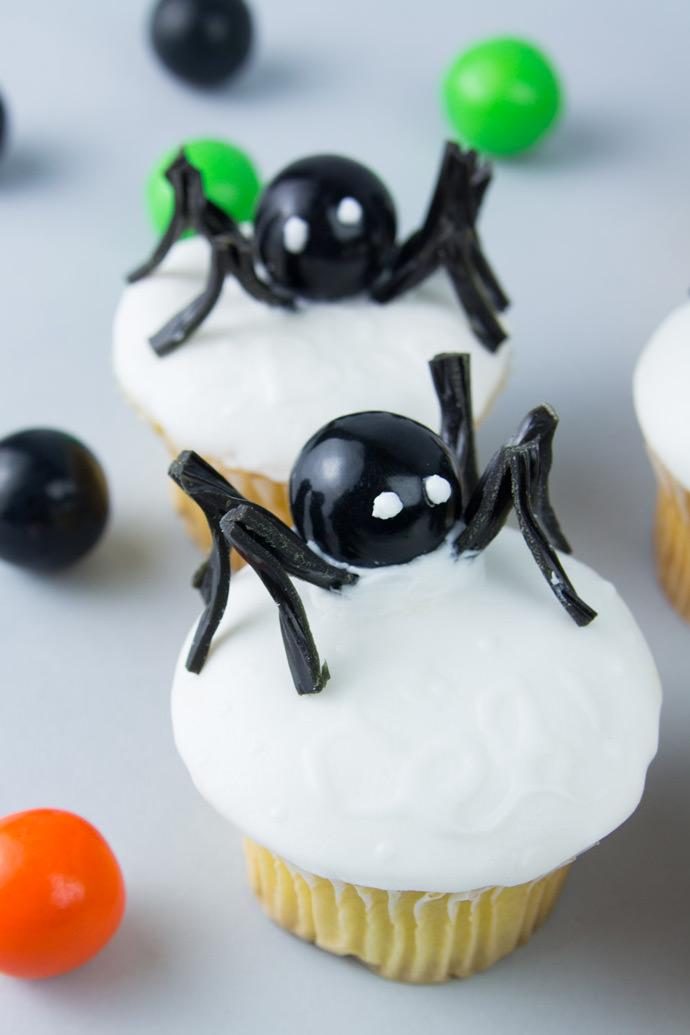 Spooky Spider Secret Message Cupcakes