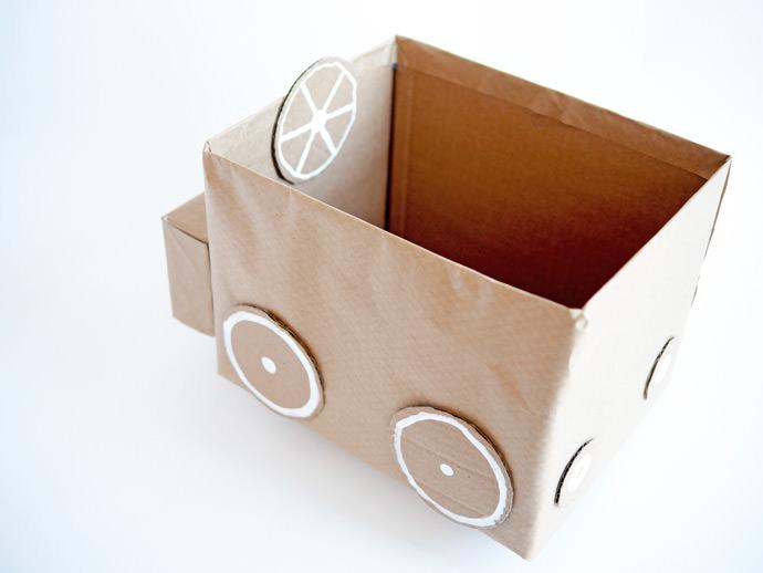 Kids Room Storage - DIY Recycled Cardboard Car