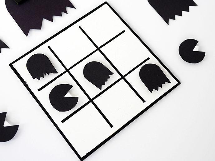Halloween Printable: DIY Tic-Tac-Pac-Man Game