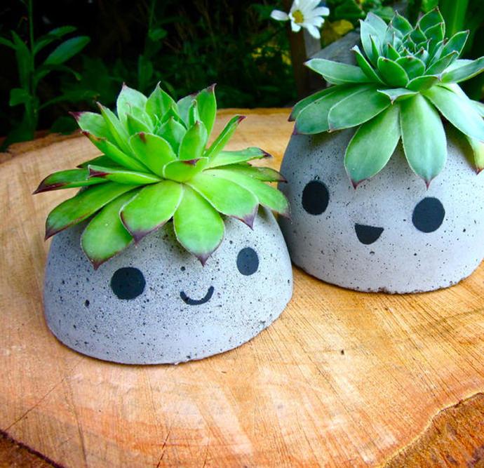 Cute Concrete Planters, tutorial via Instructables