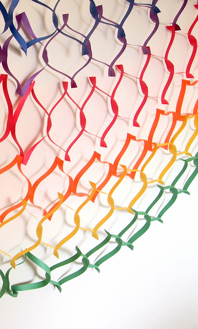Paper Garland, tutorial via DIY Candy
