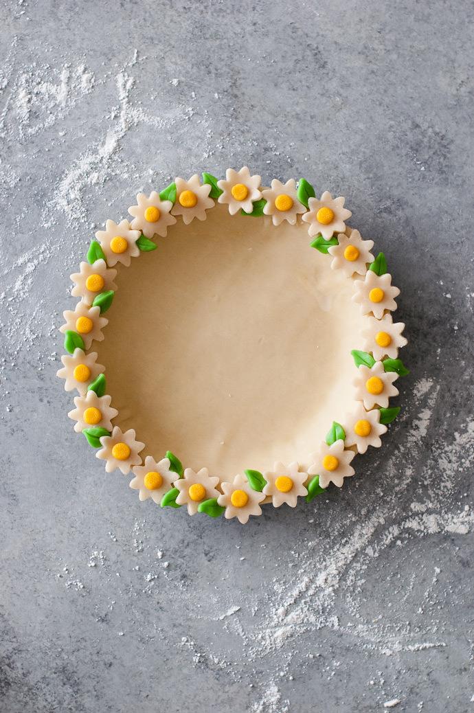 Daisy Chain Pie Crust Tutorial