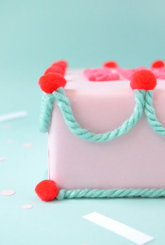 DIY Birthday Cake Gift Wrap
