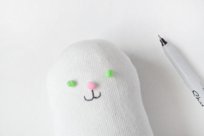 DIY No-Sew Stuffed Sock Animals