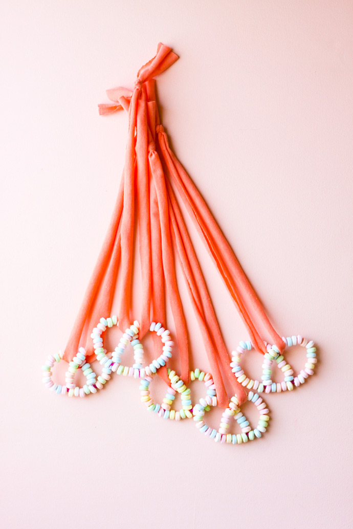 DIY Candy Pretzel Necklace