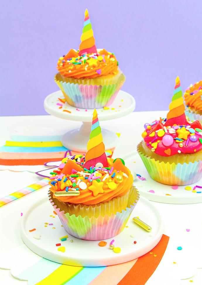 DIY Unicorn Cupcake Toppers