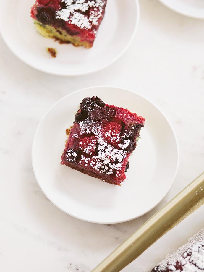 Berry Upside Down Cake