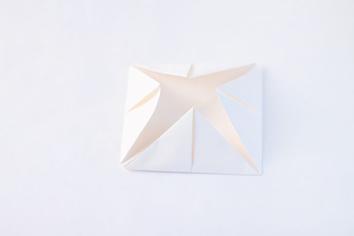 DIY Paper Snowflake Puppets
